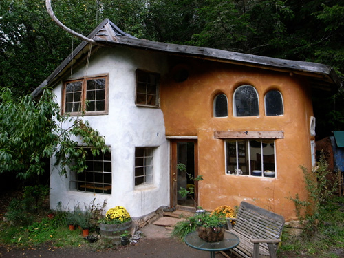cob home exterior - Alternative Home Designs